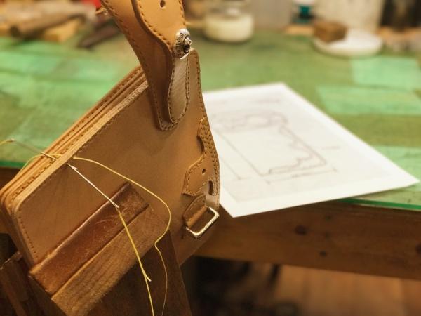 ハンドメイド革製品