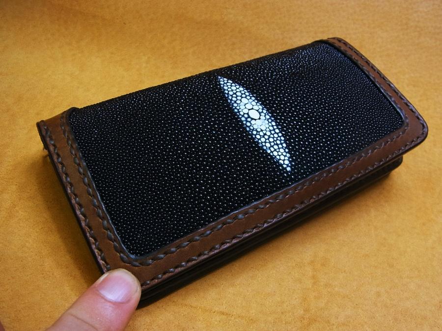 ガルーシャ(エイ革)財布