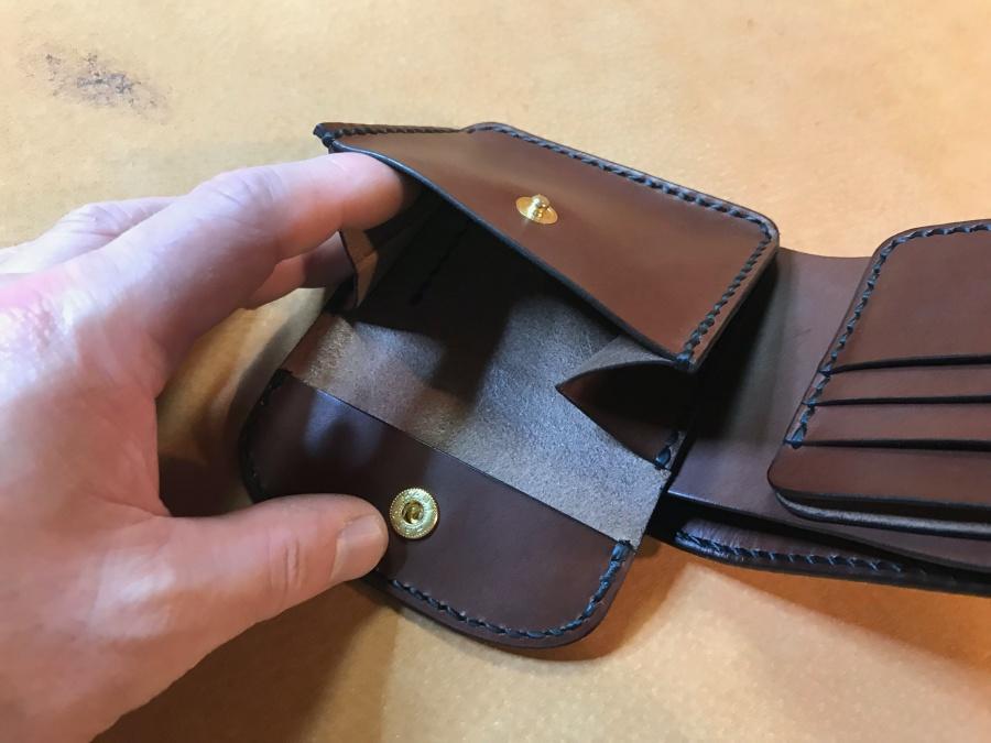 2つ折革財布