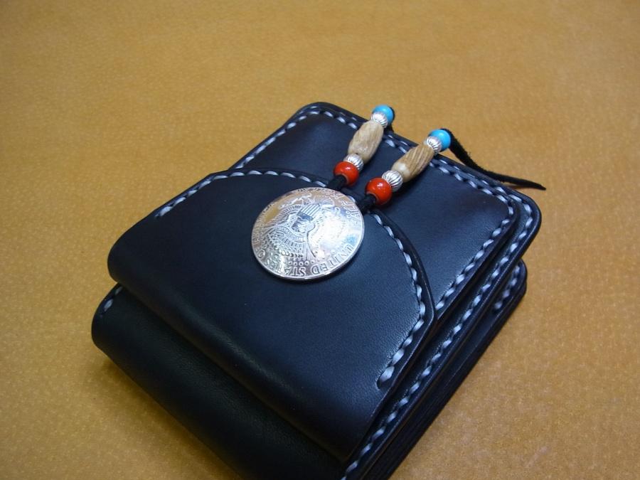 ハーフウォレット(2つ折財布)