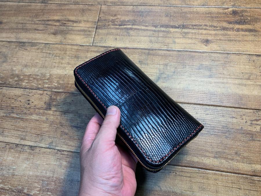 リザードウォレット(ラウンドファスナー財布)