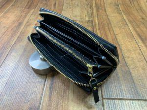 小さめラウンドファスナー財布