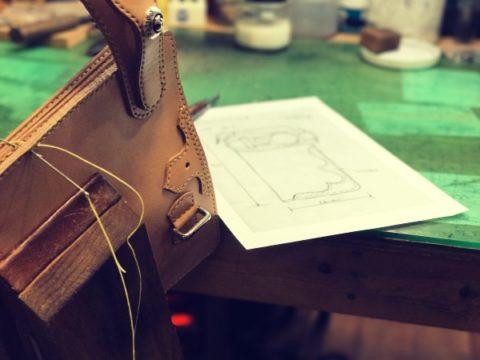 手縫い革製品